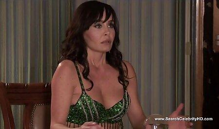 Sandra pornofilm oma R., Tiffany S. und Tyler F. Lesben Dreier