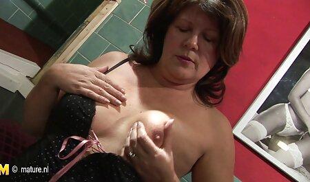 Petite oma sexfilme Teenie wacht auf und fickt