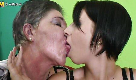 Flaschen ihr Arschloch und ihre Muschi ab! oma sexfilme