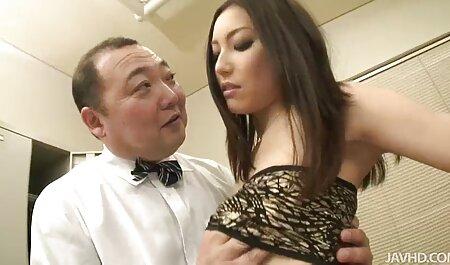 Wilder Biatch, der ihr sexy Körpersolo zeigt kostenlose deutsche oma pornos