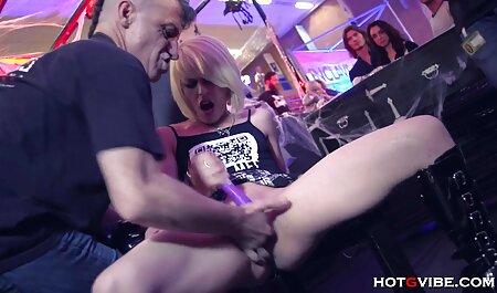 Sexy reife Latina Sasha Sky liebt es zu ficken omasex pornos