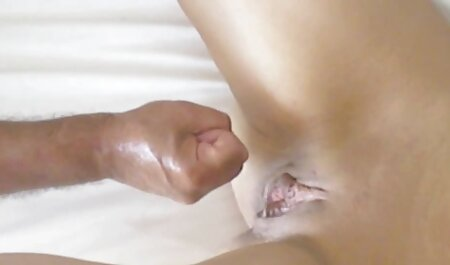 Der gelangweilte geile Junge bestellt kostenlose oma porn ein Mädchen für Sex