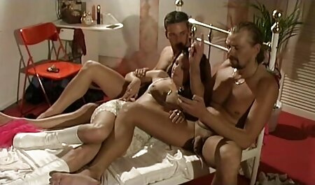 Pussy Galore: kostenloser oma sex Latina Version 4
