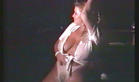 geile milf hat eine omapornos gratis heiße masturbation vor der webcam gemacht