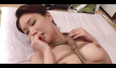 BBW Mona bekommt ihre großen Brüste omapornos kostenlos ansehen und Twat gefickt